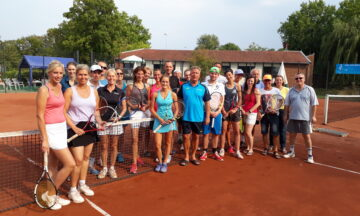 Tennis: Mixed-Turnier und Sommerfest