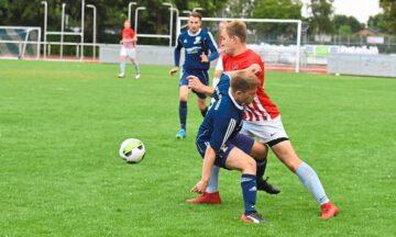 Fußball: Flugverkehr und Luft nach oben