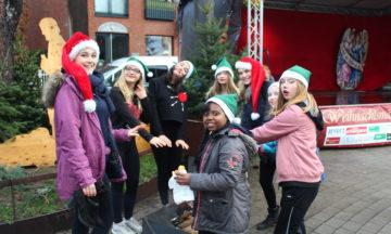 Tanzen: Hip Hop Gruppe beim Weihnachtsmärchen