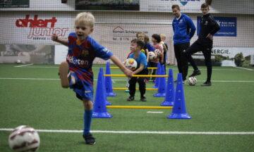 Wir bringen kleine Fußballer groß heraus