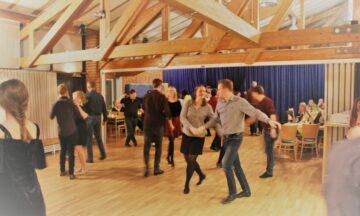 Tanzen: Tanzkurse für Jugendliche und Erwachsene